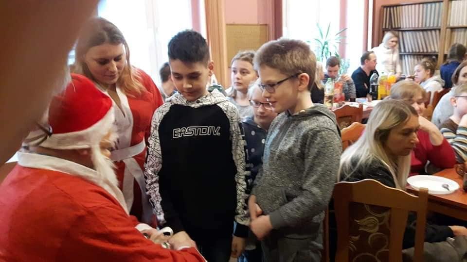 Spotkanie świąteczno-noworoczne z dziećmi 2020